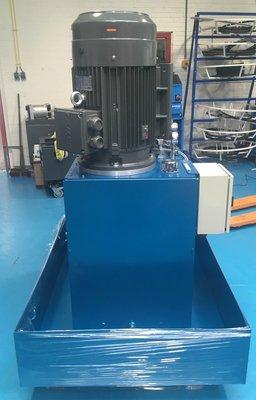 Elektrische hydraulische power unit 300 liter tank 15-30kW