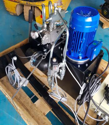 Drukhoudsysteem met 3kW elektromotor en proportionele aansturing
